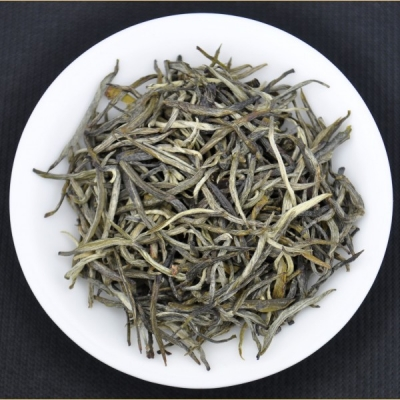 Ai Lao Mountain Jade Needle White Tea * Autumn 2015